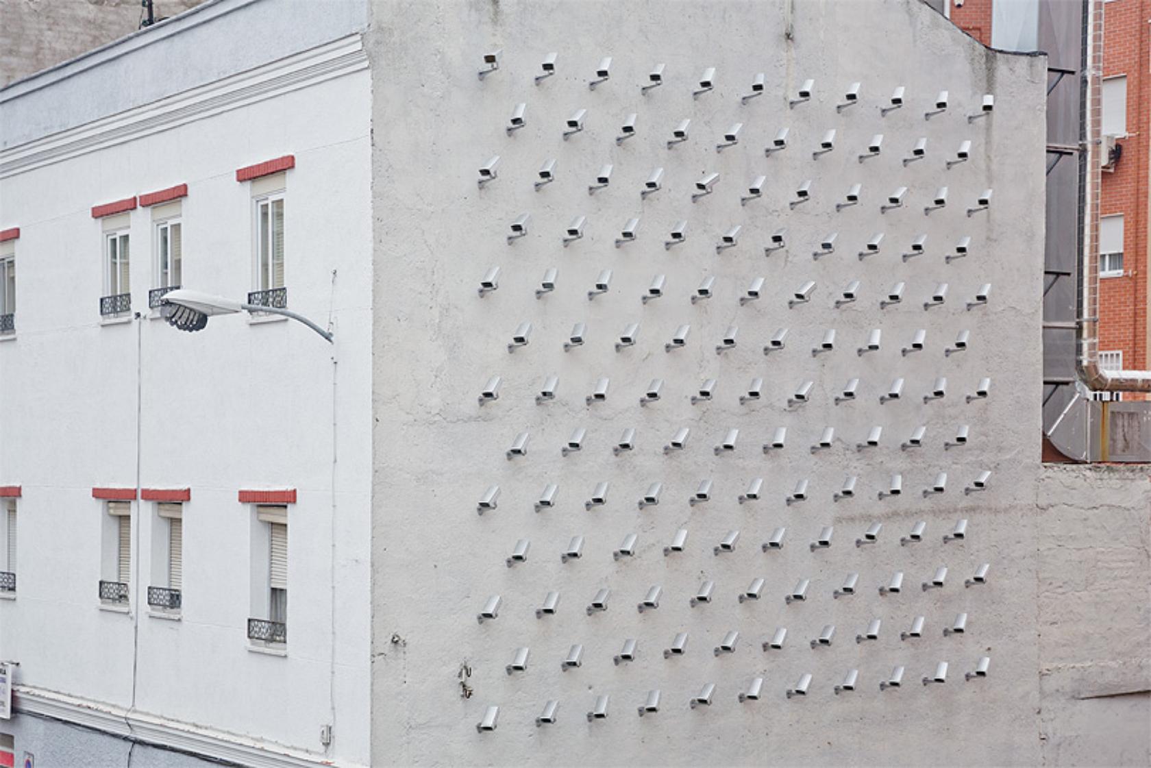Špijunska kuća sa 150 sigurnosnih kamera