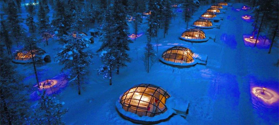 Iglo sa staklenim krovom za posmatranje polarnih noći