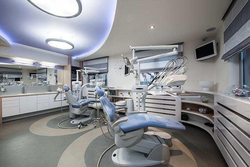 Enterijer stomatološke ordinacije u Beogradu