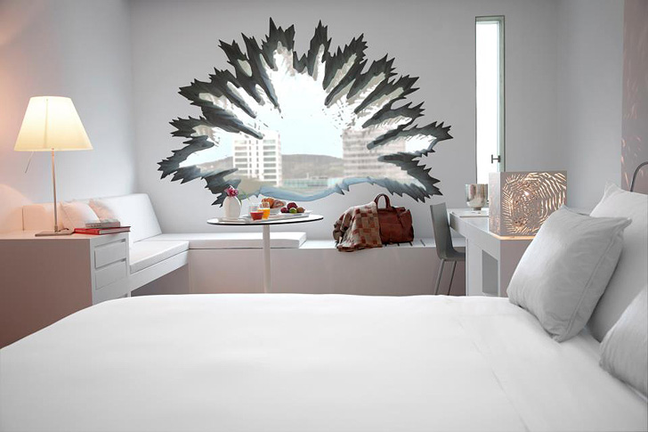 Hotel u Barseloni s prozorima u obliku palminog lista
