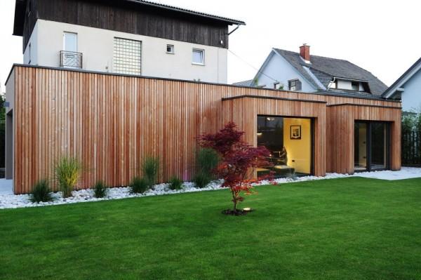 The-villa-back-of-house-garden