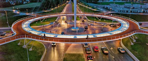 Prvi na svetu: Viseći kružni most za bicikliste u Holandiji