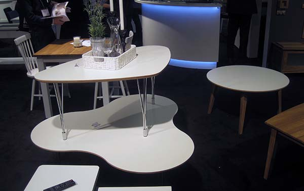 beli-stolovi