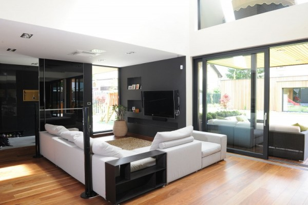 black-residence-in-ljubljana-living-room