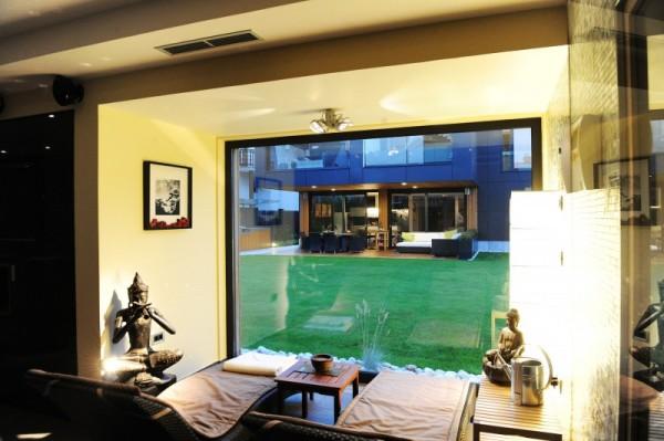 black-residence-spa