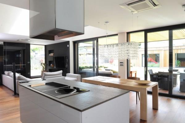 kitchen-table-ljubljana