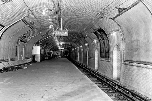 pariz-metro-bazeni-5
