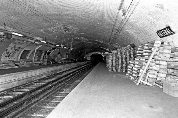 pariz-metro-bazeni-6