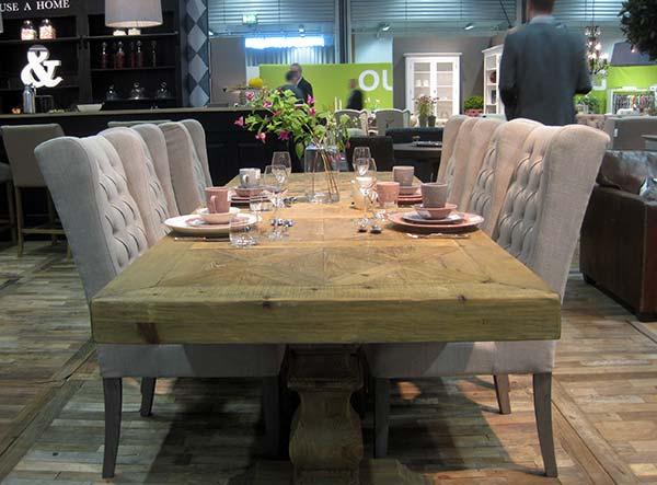 trpezarijski-sto