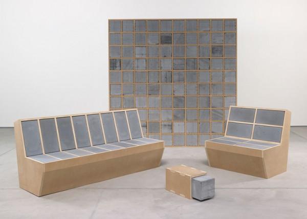 cosmit-2014-betonska-polica-sofa