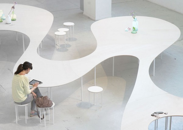 Cloud-Table-by-Studio-Maks_dezeen_ss_1