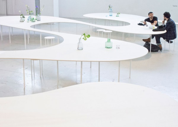 Cloud-Table-by-Studio-Maks_dezeen_ss_3