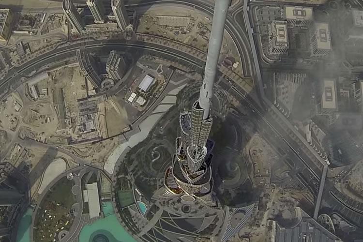 Pogled iz drona na najviše zgrade u Dubaiju