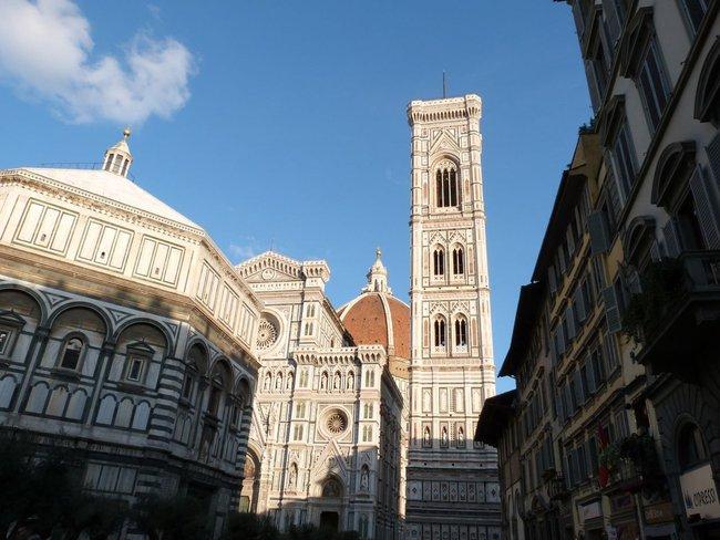 Megalomanska gradnja: Cela Firenca stane u petlju, ceo Dubrovnik u Palatu Pravde
