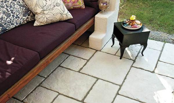 Uređenje dvorišta: betonske ploče za staze i trem