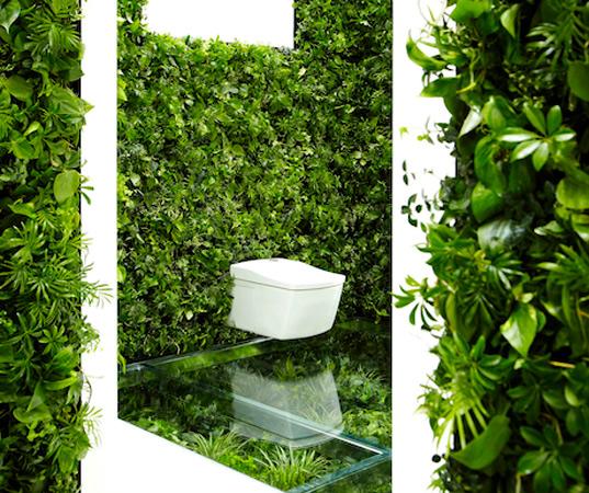Makoto-Azuma-Green-Wall-Bathroom-3