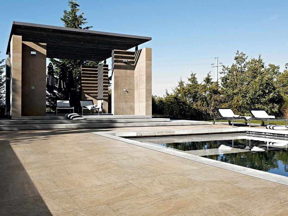 Uređenje dvorišta: pločice oko bazena