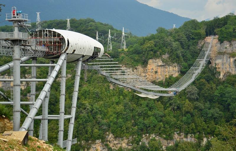 Najduži viseći most u Sočiju je novi raj za bungee skakače