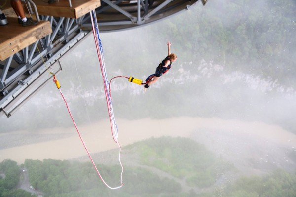 soci-bungee-most-4
