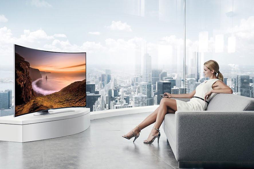 Kako zakrivljene televizore postaviti u enterijer