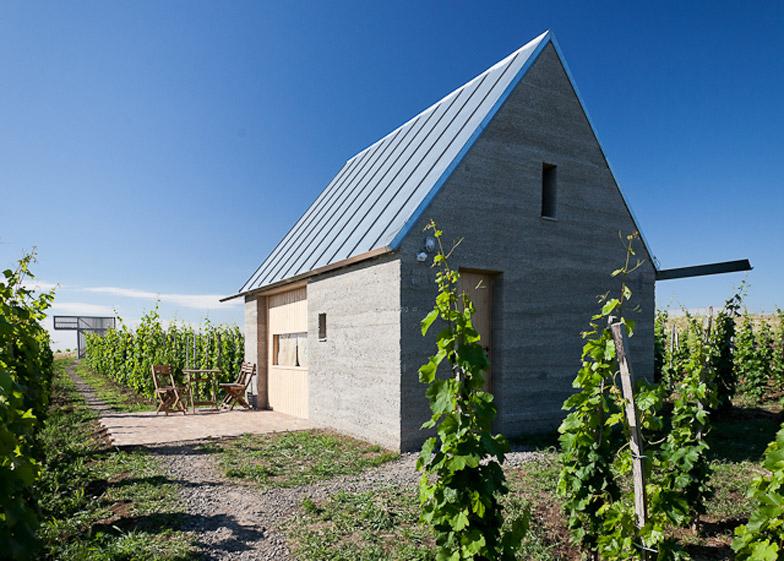 Vinarija Eger u Mađarskoj od zemljanog betona