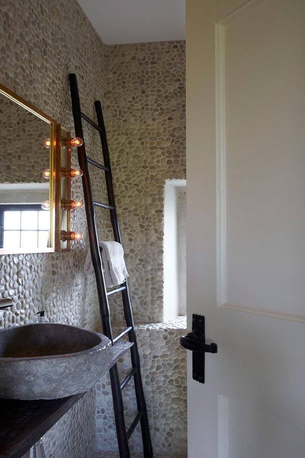 kupatilo-kameni-zid