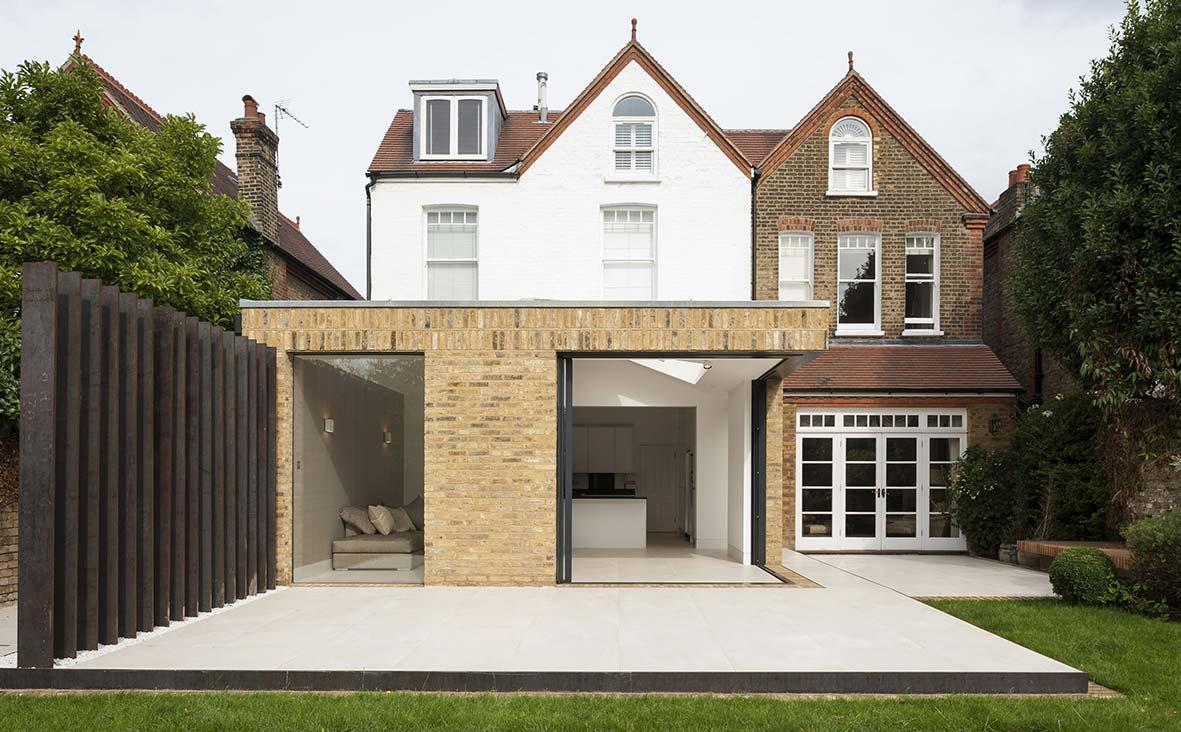 Nadogradnja u Londonu: Dodatak kući s kliznim vratima