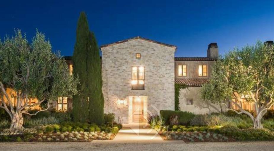 Zavirite u novu kuću Lady Gage u Kaliforniji