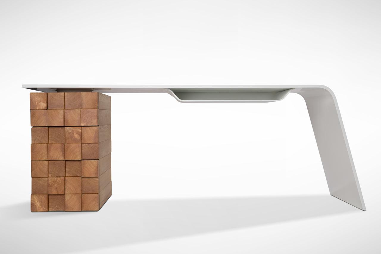 Slovenci napravili radni sto koji bežično puni vaš telefon