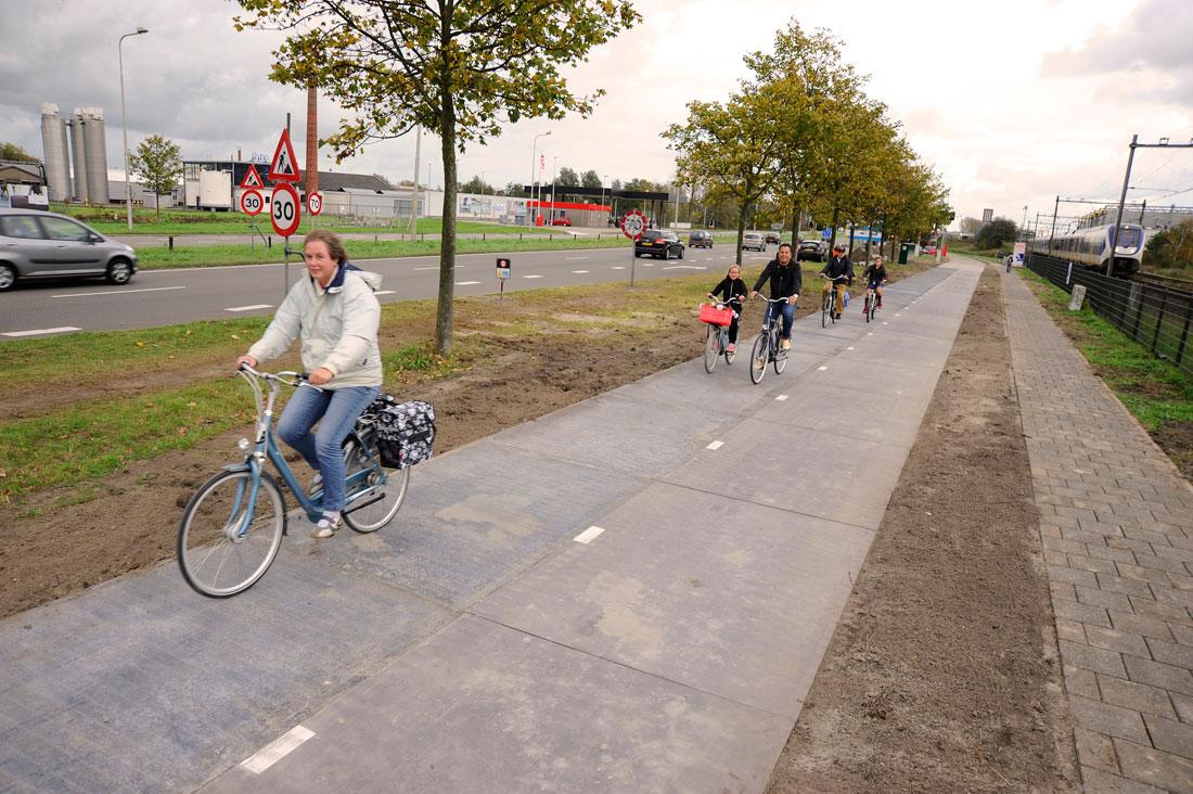 Prva na svetu biciklistička staza od solarnih panela