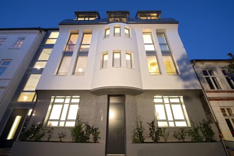 Uspešna interpolacija: Integrisanje novog objekta u stari kvart Hamburga
