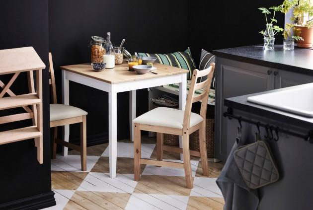 mali trpezarijski sto