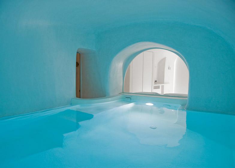 Bazen u podrumu: Vila na Santoriniju nudi kupanje i tokom zime