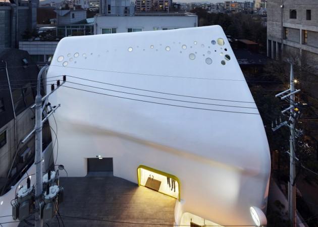 zaobljena-fasada-od-betona-05