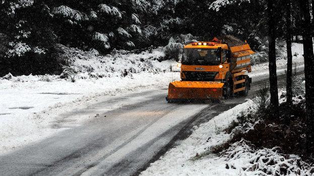 Kako vodka može da pomogne u čišćenju puteva od snega i leda