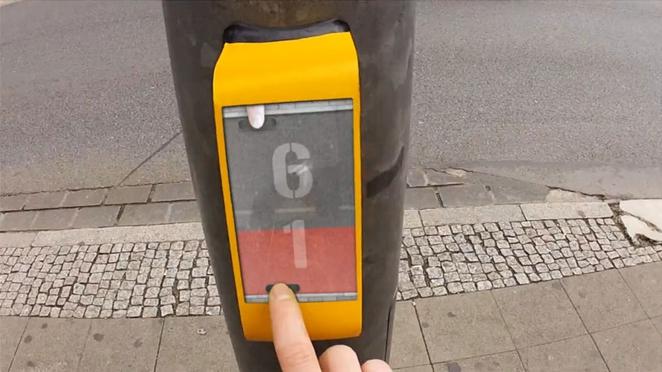 Igrajte Pong dok na semaforu čekate da pređete ulicu