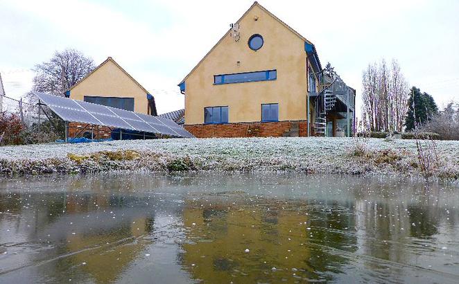 Energetski autonomna kuća koja se greje na izmet