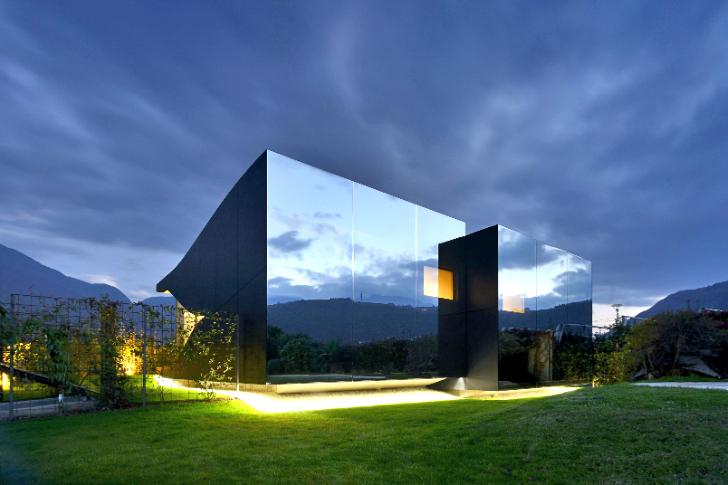 Kamuflirana kuća: Fasada u kojoj se ogledaju Alpi