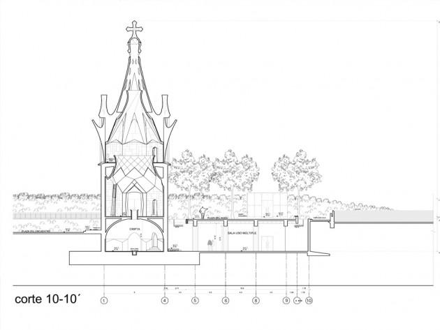 Chapel_Gaudi03