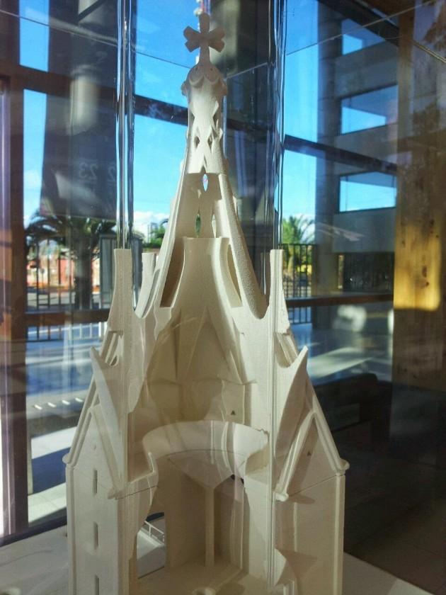 Chapel_Gaudi04
