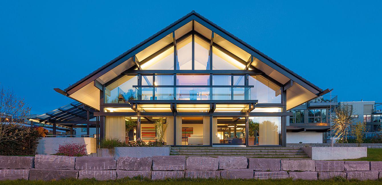 Pogledajte kako je prefabrikovana kuća podignuta za samo četiri dana