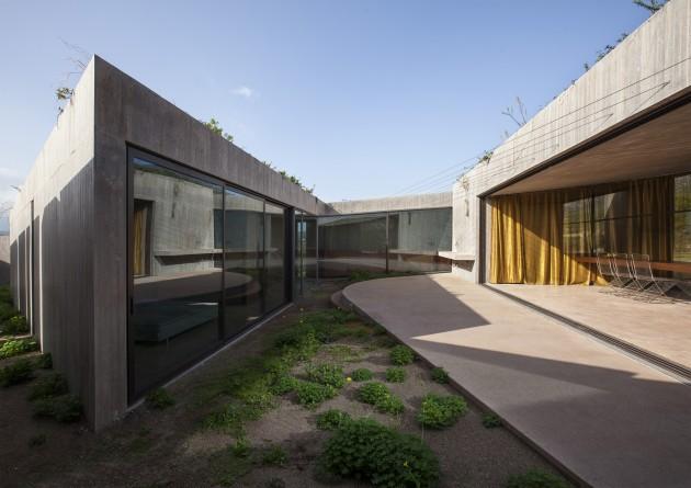 Residence in Megara03