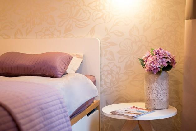 lila-spavaca-soba