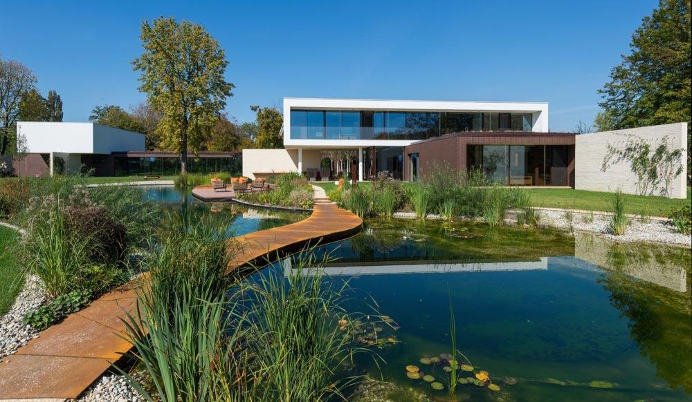 Vila u Osijeku u kojoj se i voda u bazenu greje geotermalnom energijom