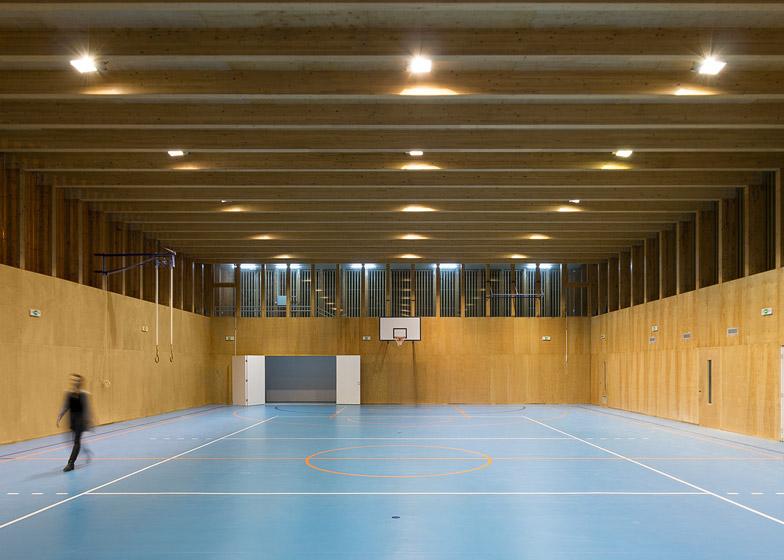 Sportska hala u Obrenovcu 02