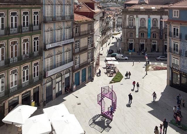 Skulpture od stepenika: Porto dobio novu interaktivnu instalaciju