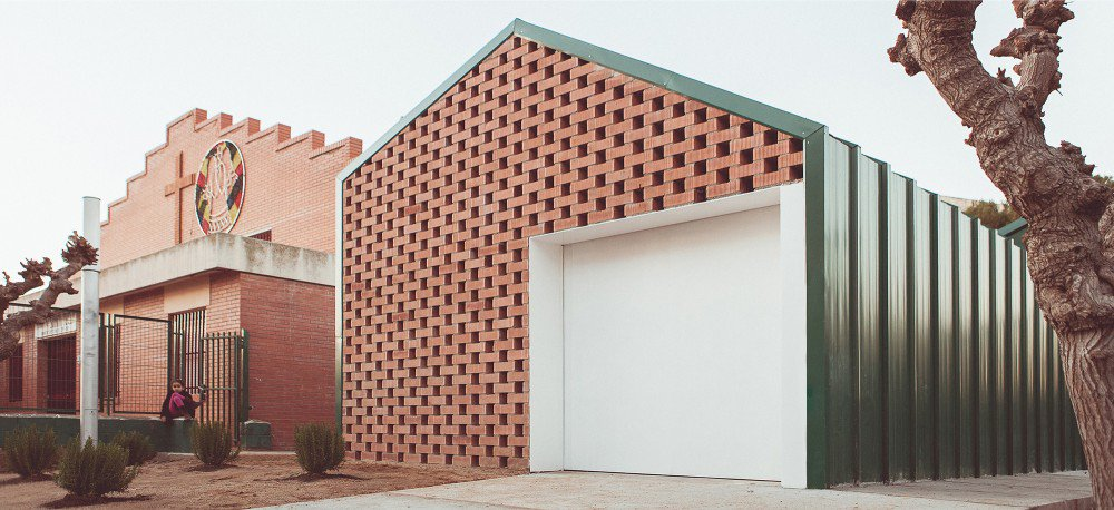 Humanitarni centar u Španiji isprojektovan i podignut za tri meseca