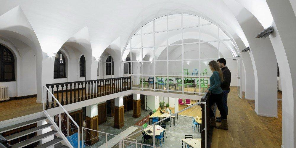 Adaptacija Zadružne palate u prostor za zajednički rad kreativnih ljudi