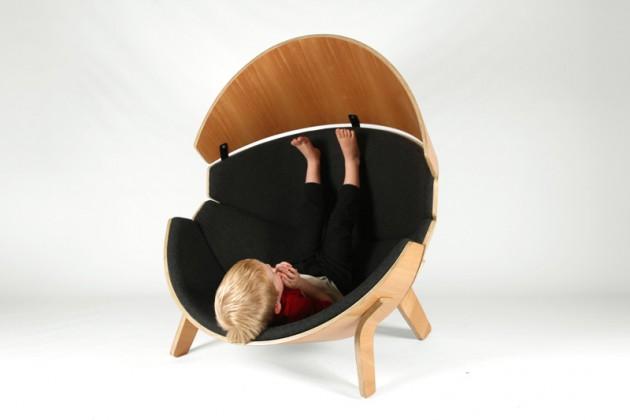 Hideaway chair 03