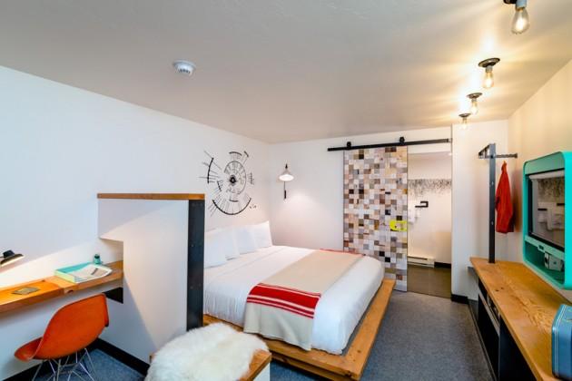 Lark Hotel 02